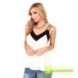 Blusa Branca com V-neck - Item4