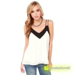 Blusa Branca com V-neck - Item1