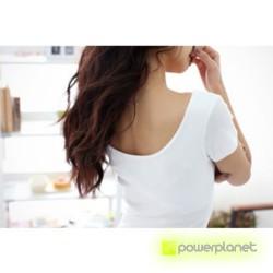 Camiseta Blanca Básica Cuello en U - Ítem3