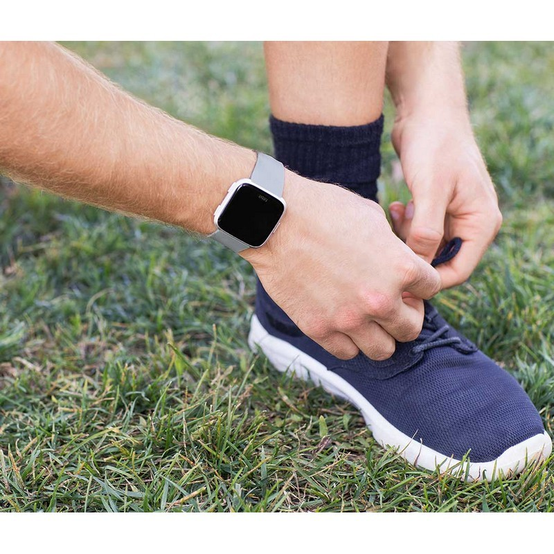c6ed9a4b40 Smartwatch Fitbit Versa Alumínio Cinzento   Prateado - PowerPlanet