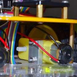 Carro Controlado Por Bluetooth com Arduino - Item1