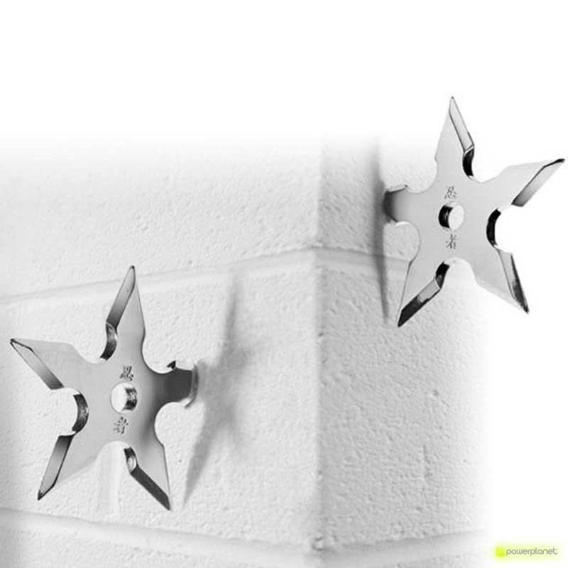 Shuriken hanger (ninja star)