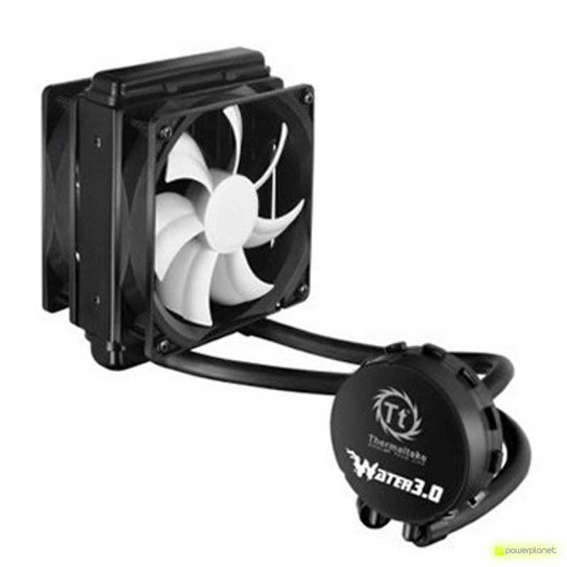RL thermatake Water 3.0 Performer C